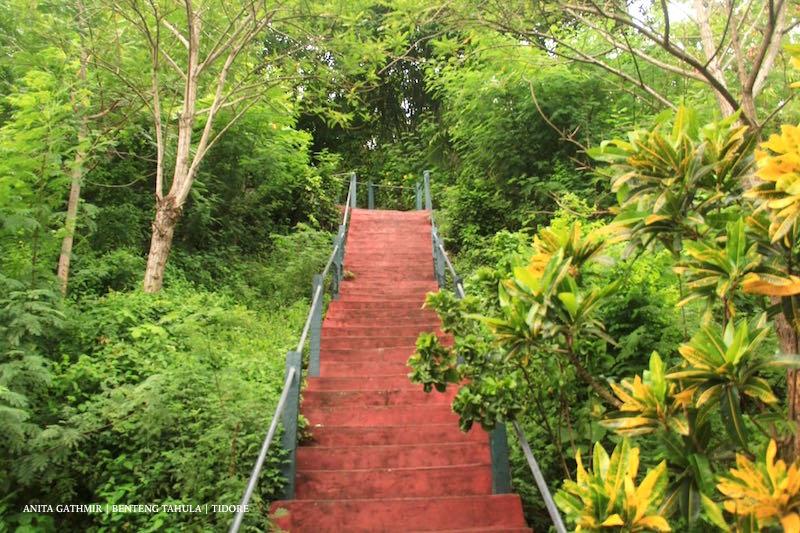 TIDORE dan Beberapa Wisata Sejarahnya