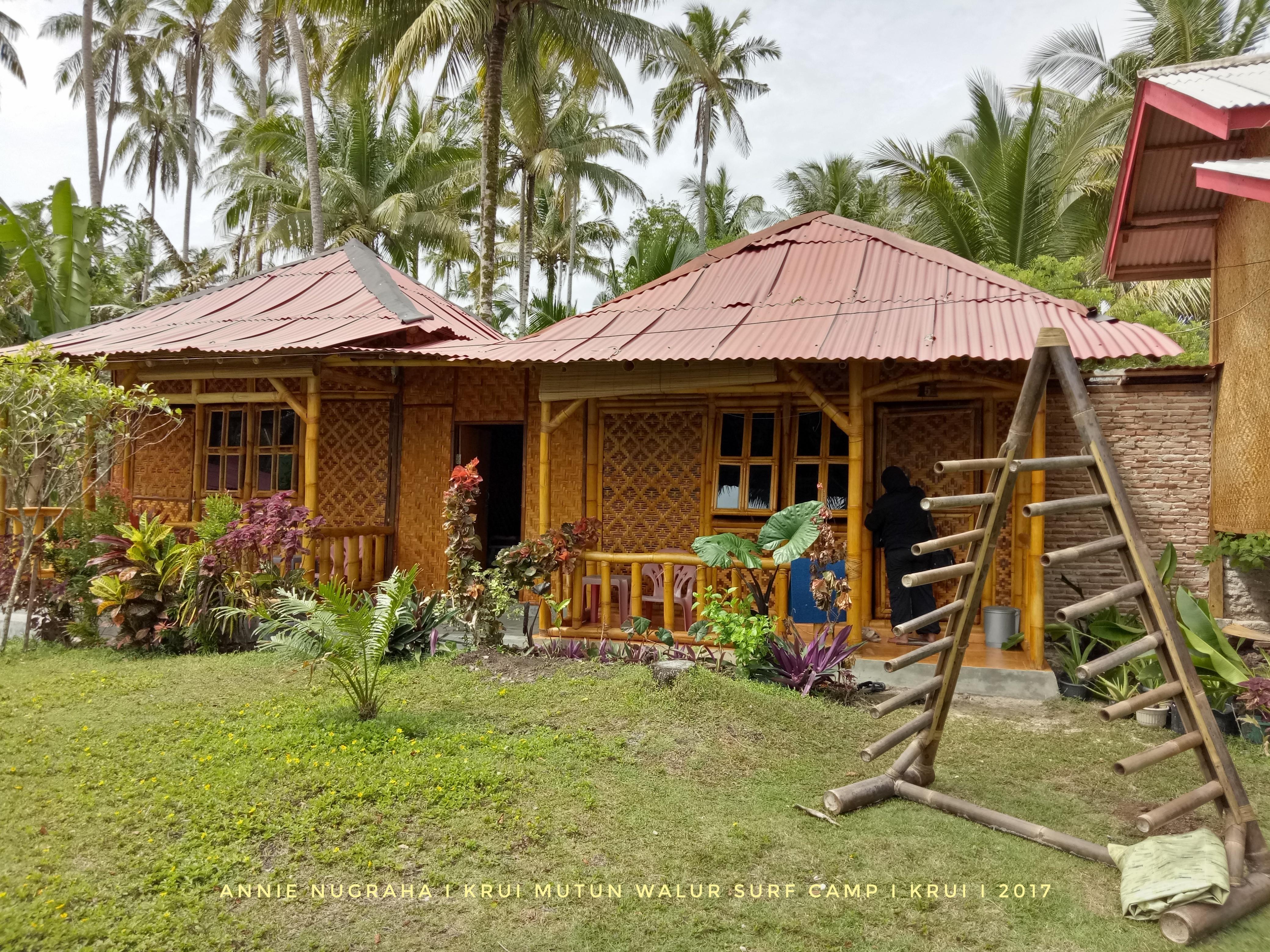 Mutun-Walur-Surf-Camp-01.jpeg