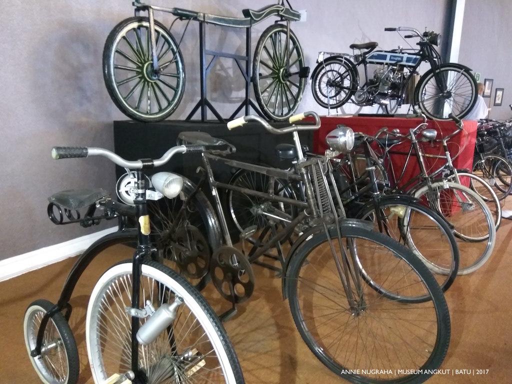 MUSEUM ANGKUT | Menilik Keseruan Wisata Otomotif dan Edukasi di Batu - Jawa Timur