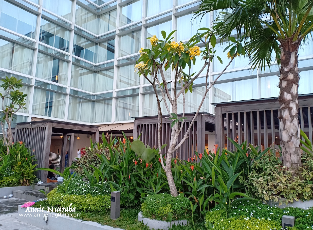 Staycation Di Luxton Cirebon Hotel Strategis Di Tengah