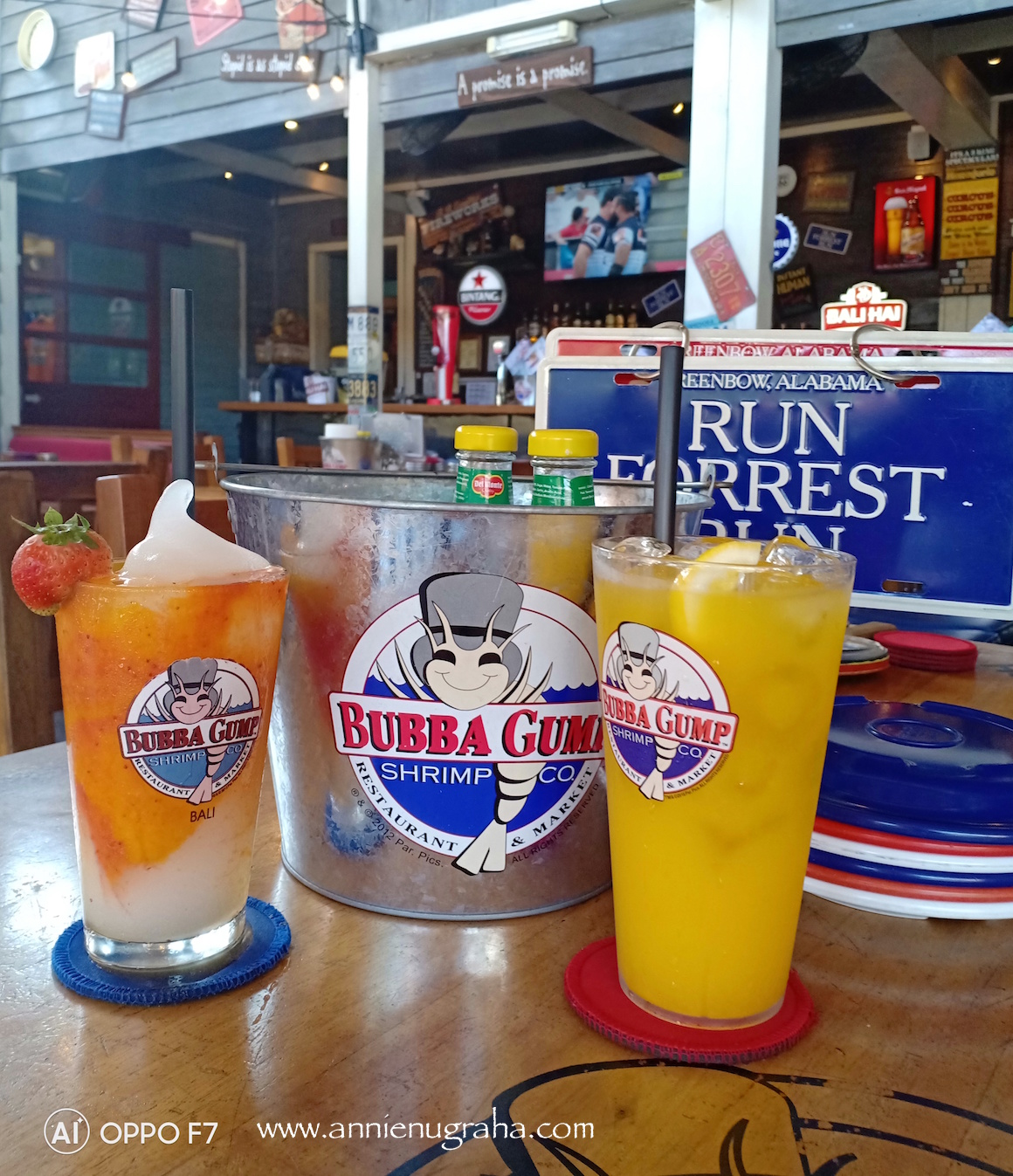 BUBBA GUMP Shrimp & Co. Tempat Nongkrong Legendaris dan Super Asyik di Kuta, Bali.
