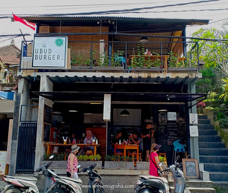 Halal UBUD Burger | Resto Sahabat Muslim di Ubud, BALI
