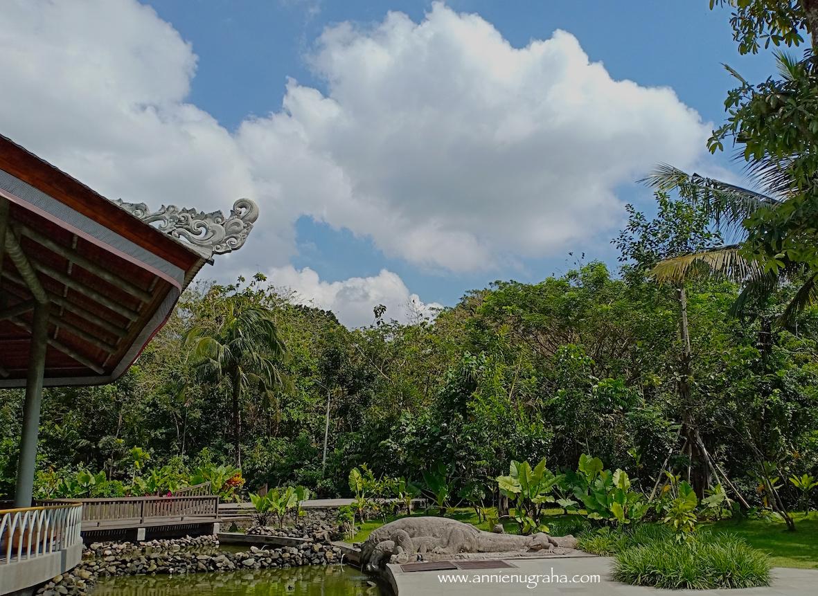 MONKEY FOREST Ubud. Destinasi Wisata Lawas yang (Masih) Populer di BALI