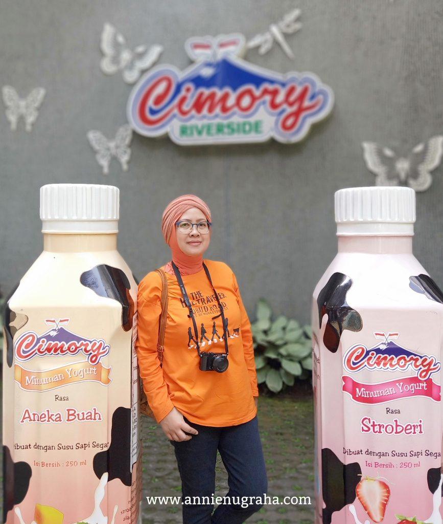 CIMORY RIVERSIDE.  Tempat Ngaso Serba Ada di Puncak, Bogor