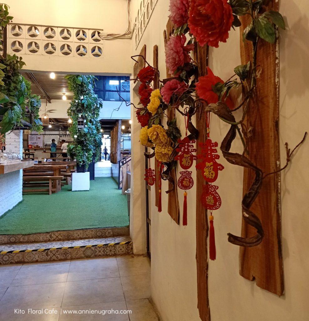 Bermain dengan Ribuan Bunga di KITO Floral Cafe & Resto Medan