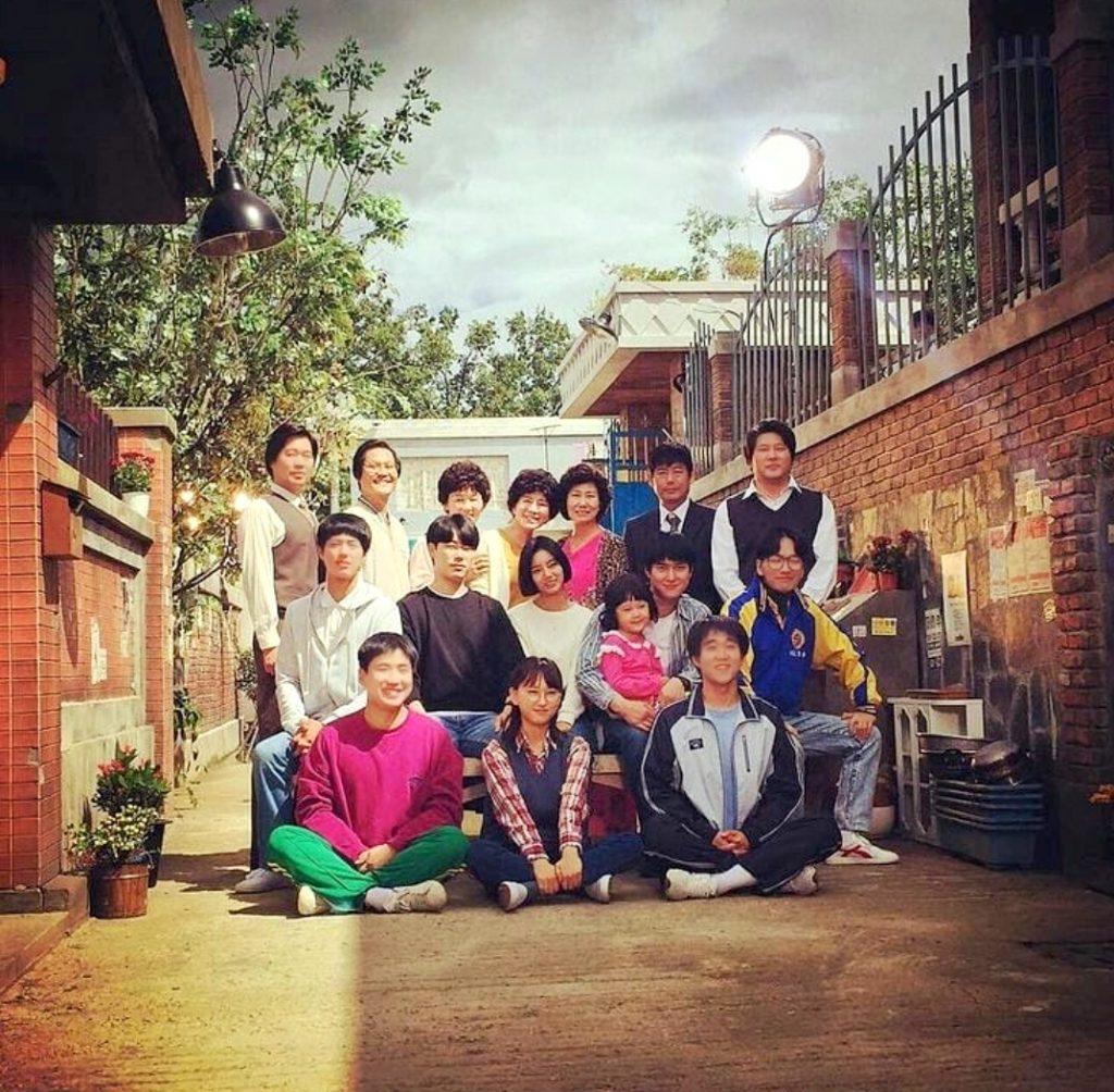 REPLY 1988 답장.  Tetangga Rasa Keluarga dan Persahabatan Penuh Makna이웃 가족의 의미와 의미있는 우정