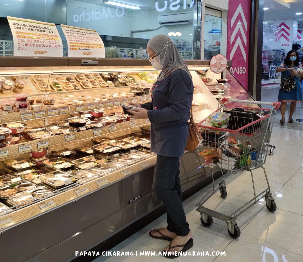 Food Traveling Menguras Selera di PAPAYA Japanese Supermarket Cikarang